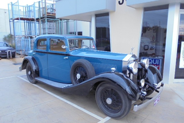 Classic Car servicing and Mechanical 11